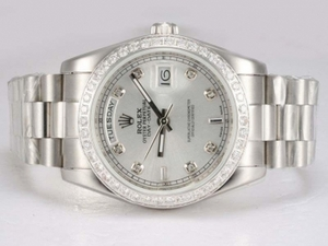 Vintage Rolex Day-Date Automatic Diamond Bezel med Silver Dial AAA klockor [Q3S8]