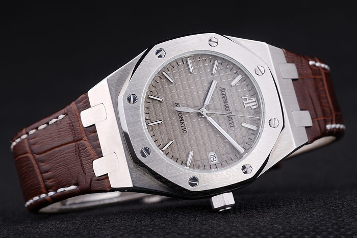 /watches_54/Audemars-Piguet-246-/Modern-Audemars-Piguet-Royal-Oak-AAA-Watches-M5M7--20.jpg