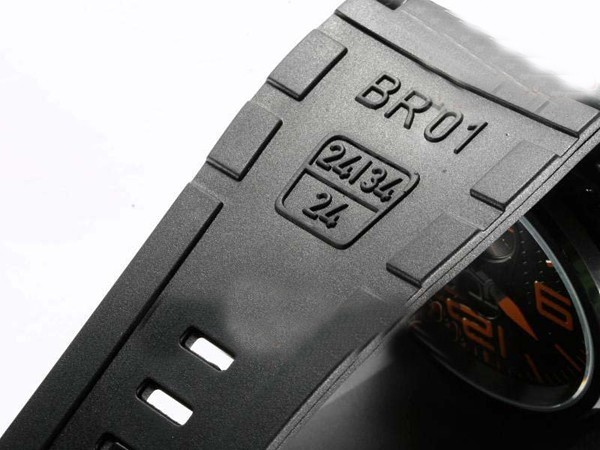 /watches_54/Bell-Ross-189-/Popular-Bell-amp-amp-Ross-BR01-Two-Time-Zone-20.jpg