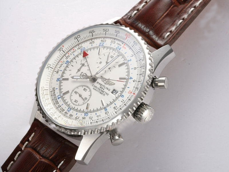 /watches_54/Breitling-520-/Fancy-Breitling-Navitimer-World-Chronograph-17.jpg