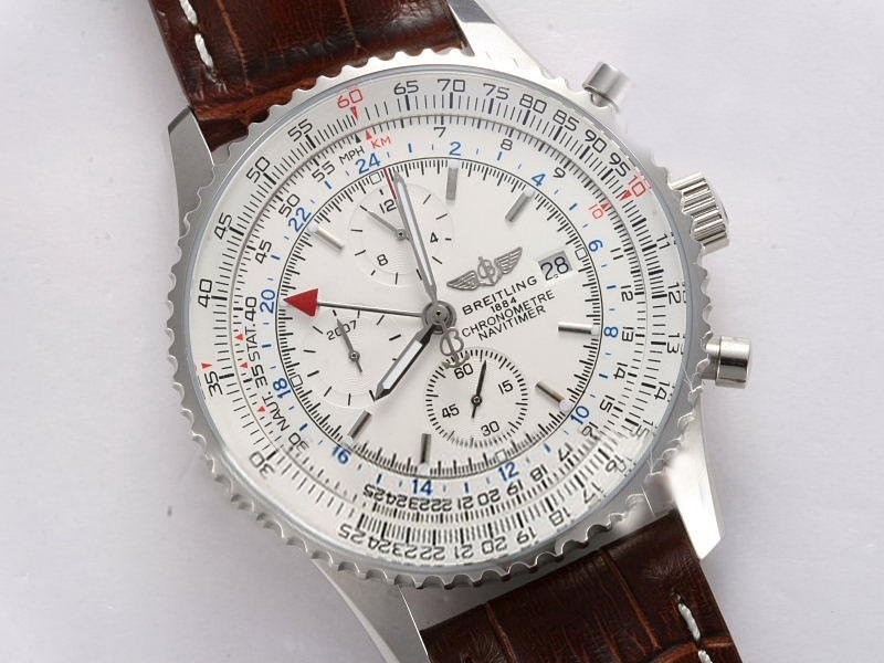 /watches_54/Breitling-520-/Fancy-Breitling-Navitimer-World-Chronograph-19.jpg