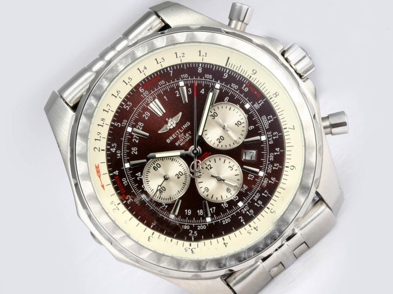 /watches_54/Breitling-520-/Gorgeous-Breitling-for-Bentley-Motors-T-18.jpg
