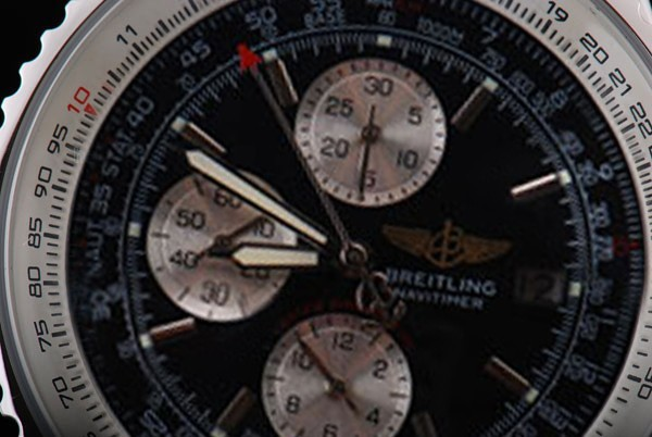 /watches_54/Breitling-520-/Modern-Breitling-Navitimer-Chronograph-Asia-17.jpg