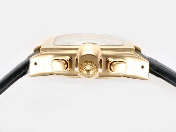 /watches_54/Cartier-330-/Cool-Cartier-Roadster-Chronograph-Automatic-Gold-19.jpg