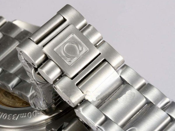 /watches_54/Omega-266-/Cool-Omega-Seamaster-Aqua-Terra-Big-Size-64.jpg