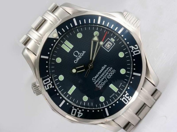 /watches_54/Omega-266-/Cool-Omega-Seamaster-Automatic-with-Blue-Dial-and-18.jpg
