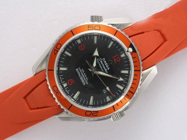 /watches_54/Omega-266-/Gorgeous-Omega-Seamaster-Planet-Ocean-Automatic-15.jpg