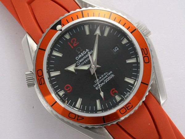 /watches_54/Omega-266-/Gorgeous-Omega-Seamaster-Planet-Ocean-Automatic-16.jpg