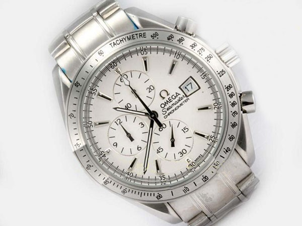 /watches_54/Omega-266-/Modern-Omega-Speedmaster-Date-3211-30-00-Working-15.jpg