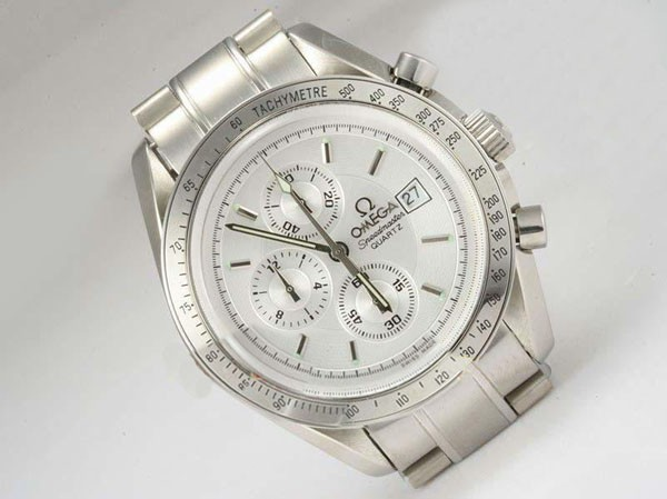 /watches_54/Omega-266-/Modern-Omega-Speedmaster-Working-Chronograph-with-19.jpg