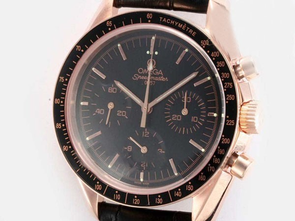 /watches_54/Omega-266-/Perfect-Omega-Speedmaster-Chronograph-Lemania-17.jpg