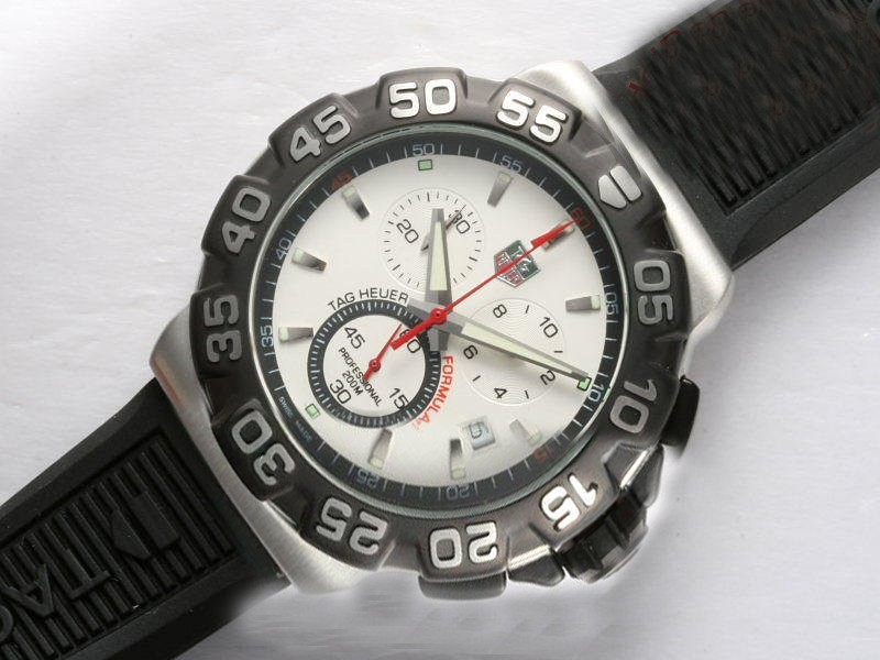 /watches_54/TAG-Heuer-143-/Quintessential-Tag-Heuer-Formula-1-Working-15.jpg