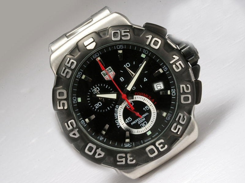 /watches_54/TAG-Heuer-143-/Quintessential-Tag-Heuer-Formula-1-Working-35.jpg